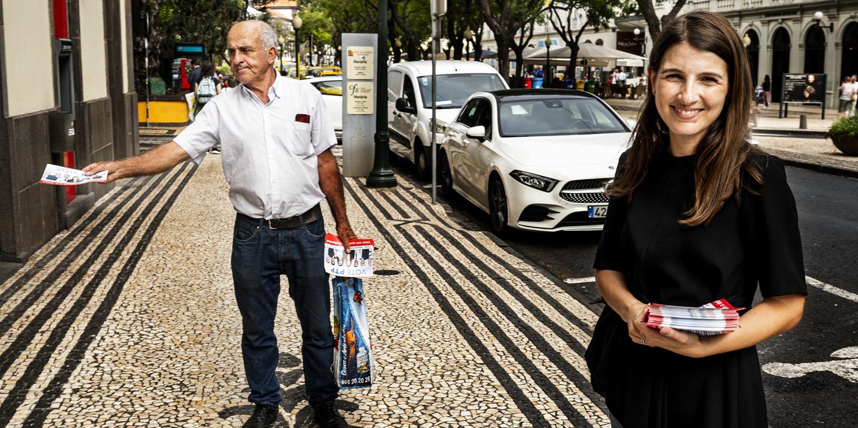 """Raquel, a filha, continua o trabalho de José, o pai. Na Madeira, a família Coelho está na estrada contra os """"compadrios"""" e os """"interesses económicos"""""""