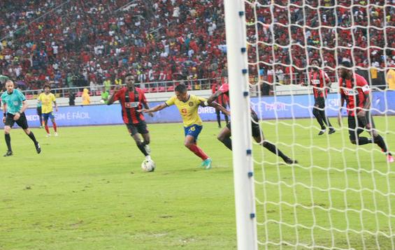 Futebol/Angola: 1.º de Agosto-Académica e Petro-Libolo no acerto da 13.ª ronda do Girabola