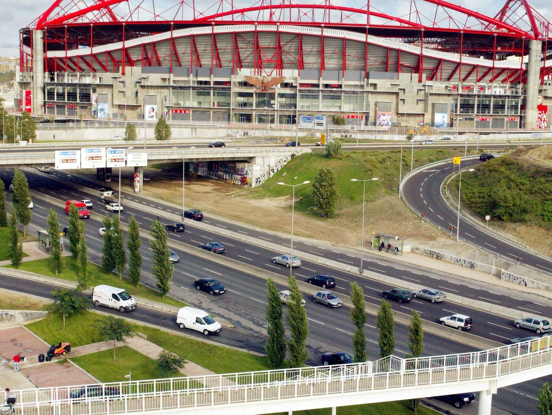 """Suspeito de atropelamento junto ao Estádio da Luz """"estava a fugir da Juve Leo"""""""