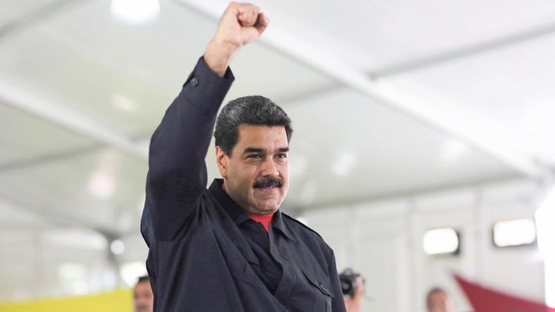 Venezuela: Oposição diz que Maduro já enviou tanques para fronteira com o Brasil