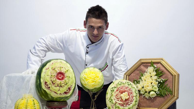 Daniele Barresi, o italiano que surpreende o mundo com os seus vegetais esculpidos