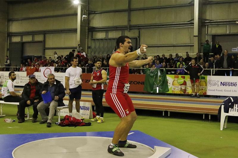 Francisco Belo bate recorde nacional do lançamento do disco