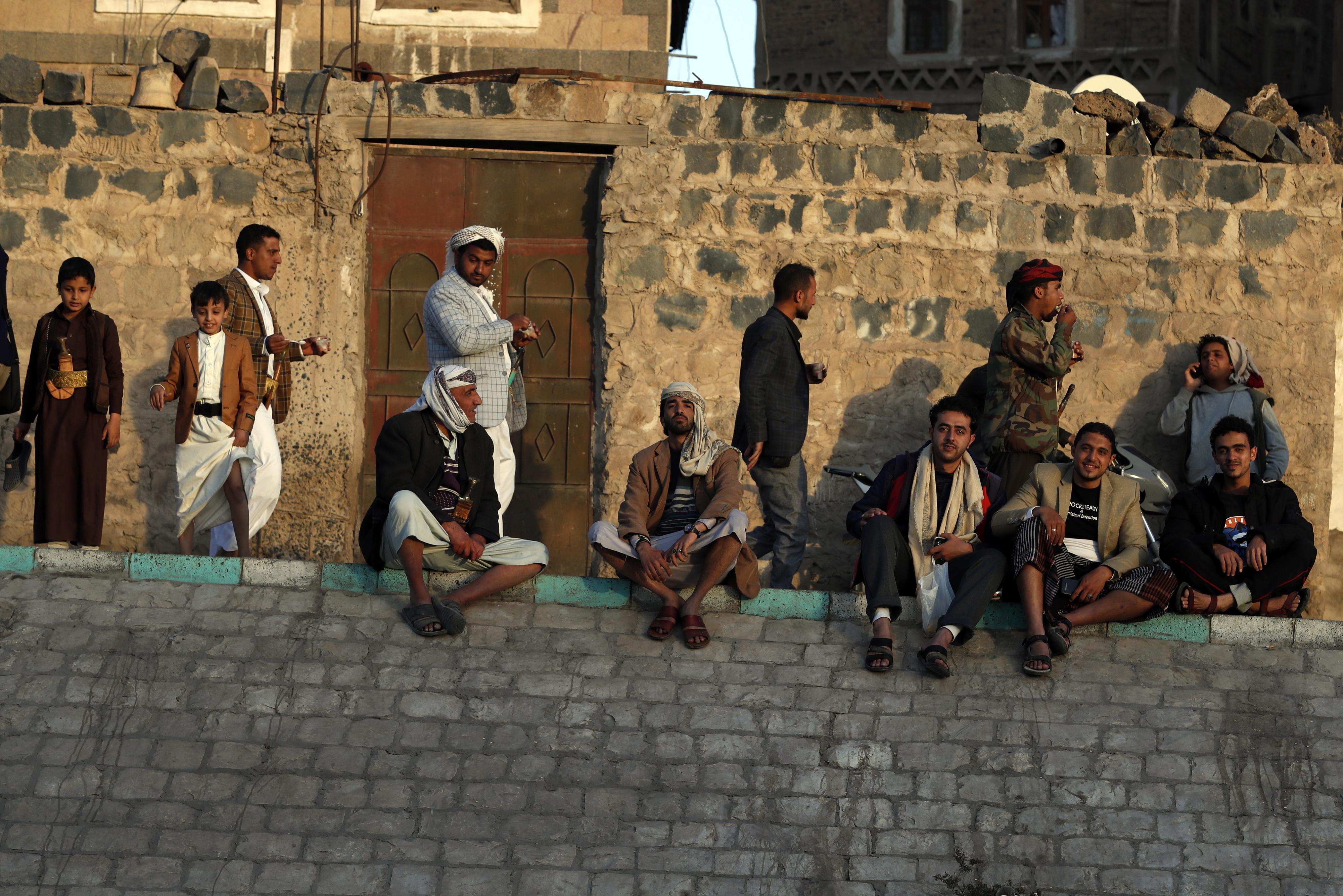 Ataque de rebeldes com míssil mata pelo menos 25 soldados no Iémen
