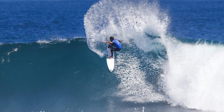 'Kikas' admite rever objetivos em alta após bons resultados no circuito mundial de surf