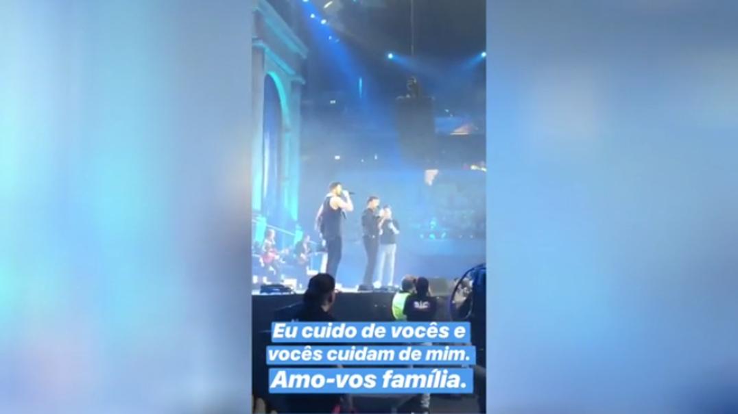 Família Carreira delicia os fãs em concerto