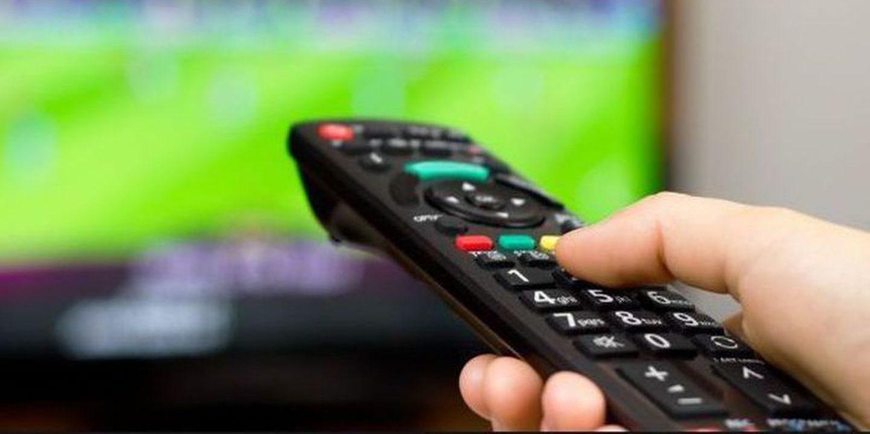 Futebol na TV: Saiba que jogos pode acompanhar este fim de semana