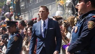 """""""Bond 25"""" e a má publicidade: produtores 007 contra-atacam com fotografia de Daniel Craig em forma"""