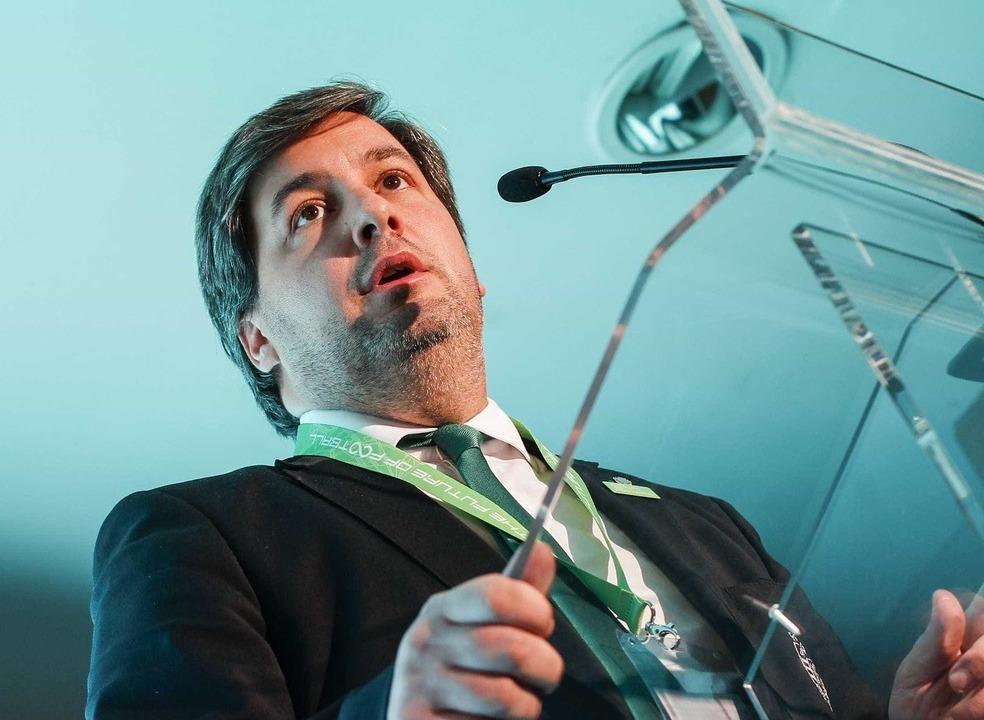 """Bruno de Carvalho reage à queixa-crime: """"Notícia da treta que só serve para me tentar pôr ao nível dos treta-campeões"""""""