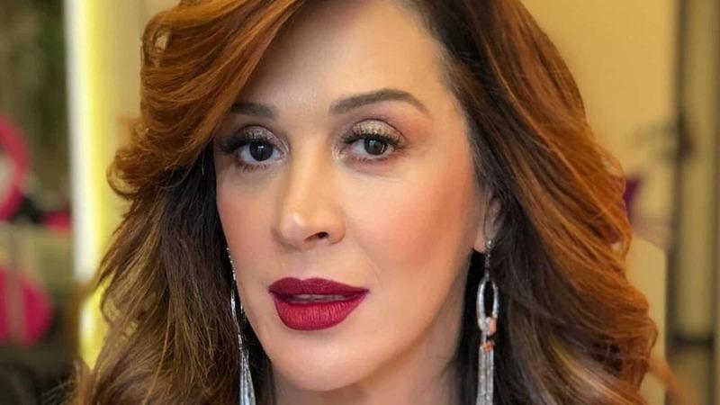 Atriz brasileira Cláudia Raia de luto devido à COVID-19