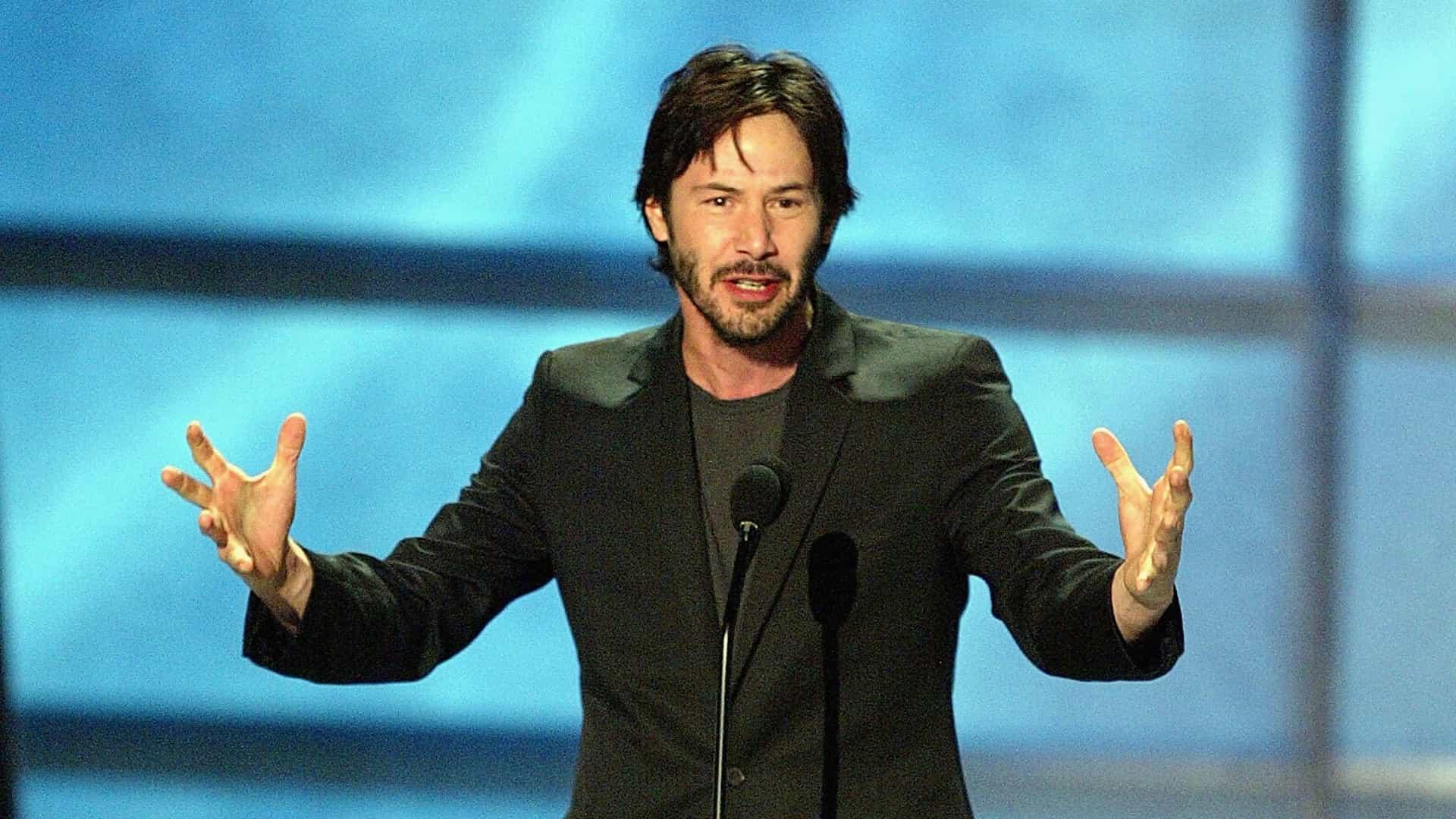 Fãs de Keanu Reeves querem ator eleito a personalidade do ano pela Time