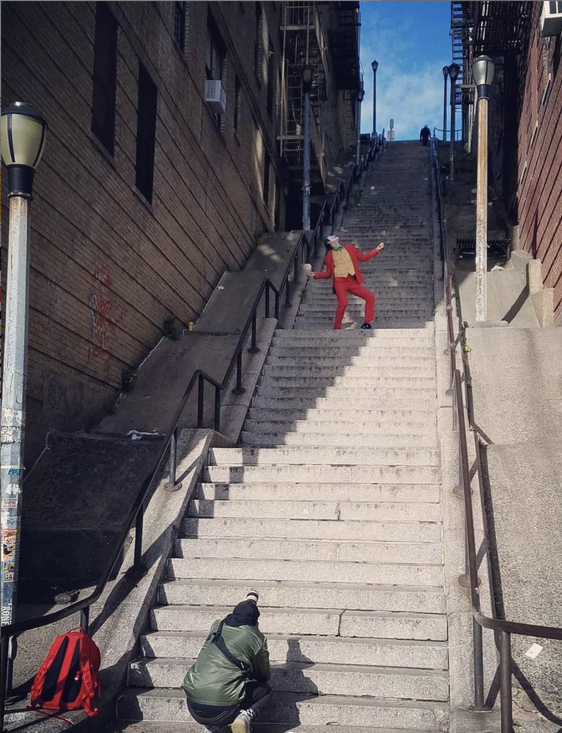 Escadaria Do Novo Filme De Joker Torna Se Uma Atracao