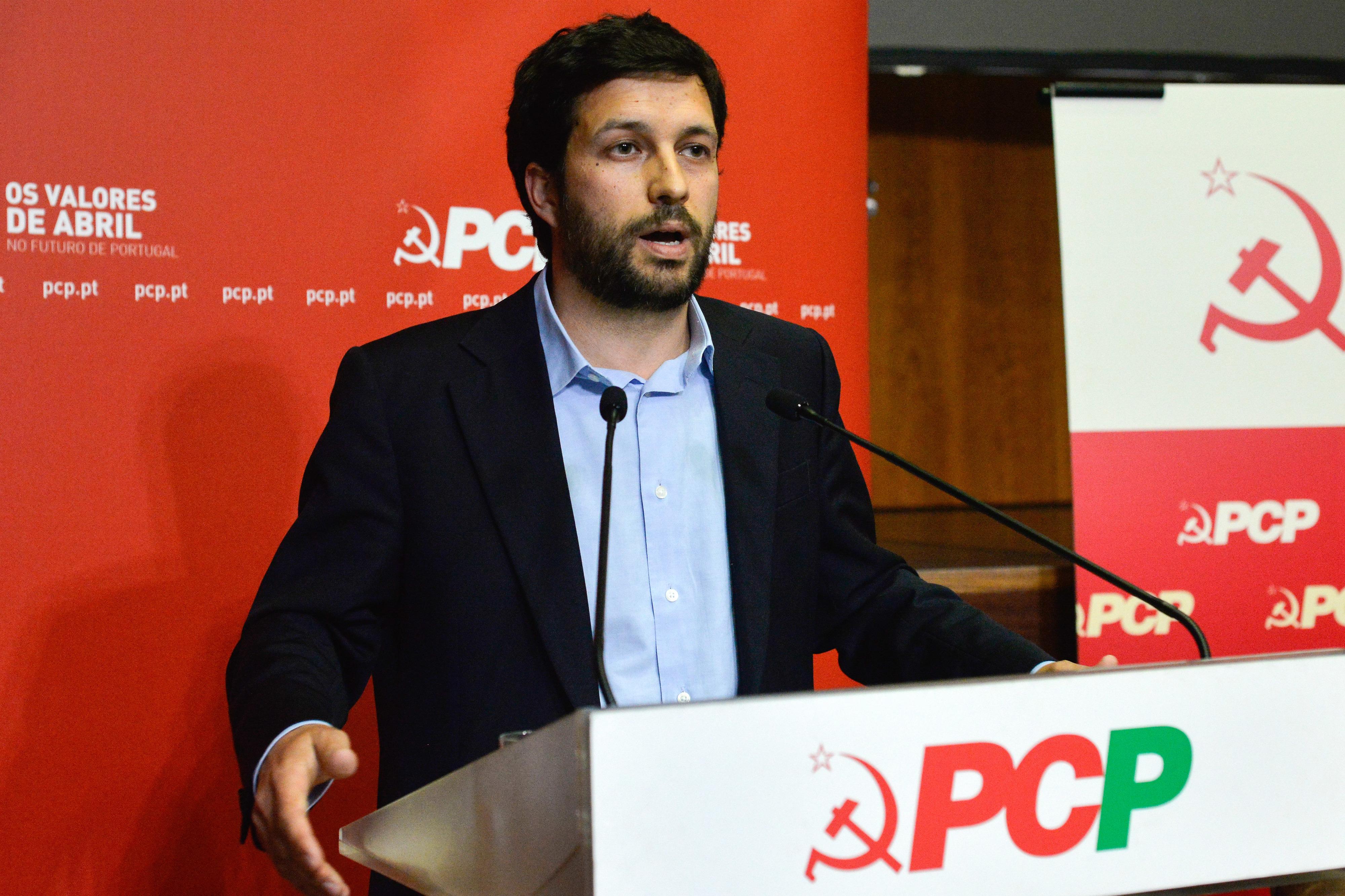 """PCP considera """"inaceitável"""" quadro financeiro UE 2021-27 e quer Governo resoluto no 'Brexit'"""