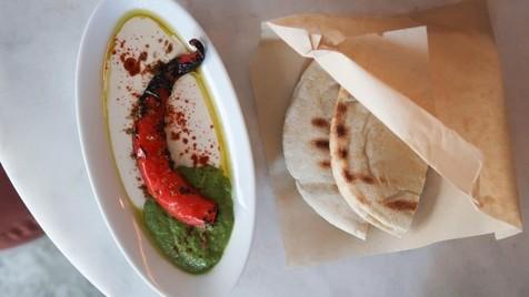 Restaurantes // Farès