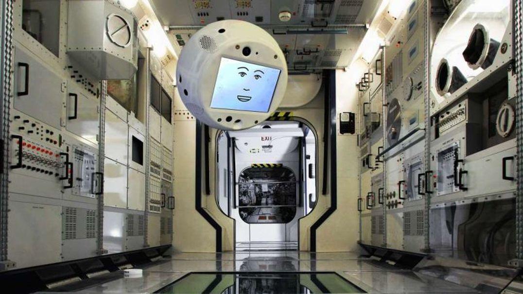 CIMON: robô que ajuda astronautas passou primeiros testes no espaço