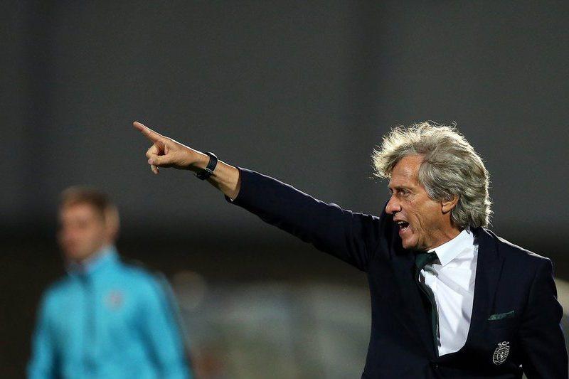 """Paulo Bento separou futebol de andebol mas Jesus juntou-os: """"É o futuro"""""""