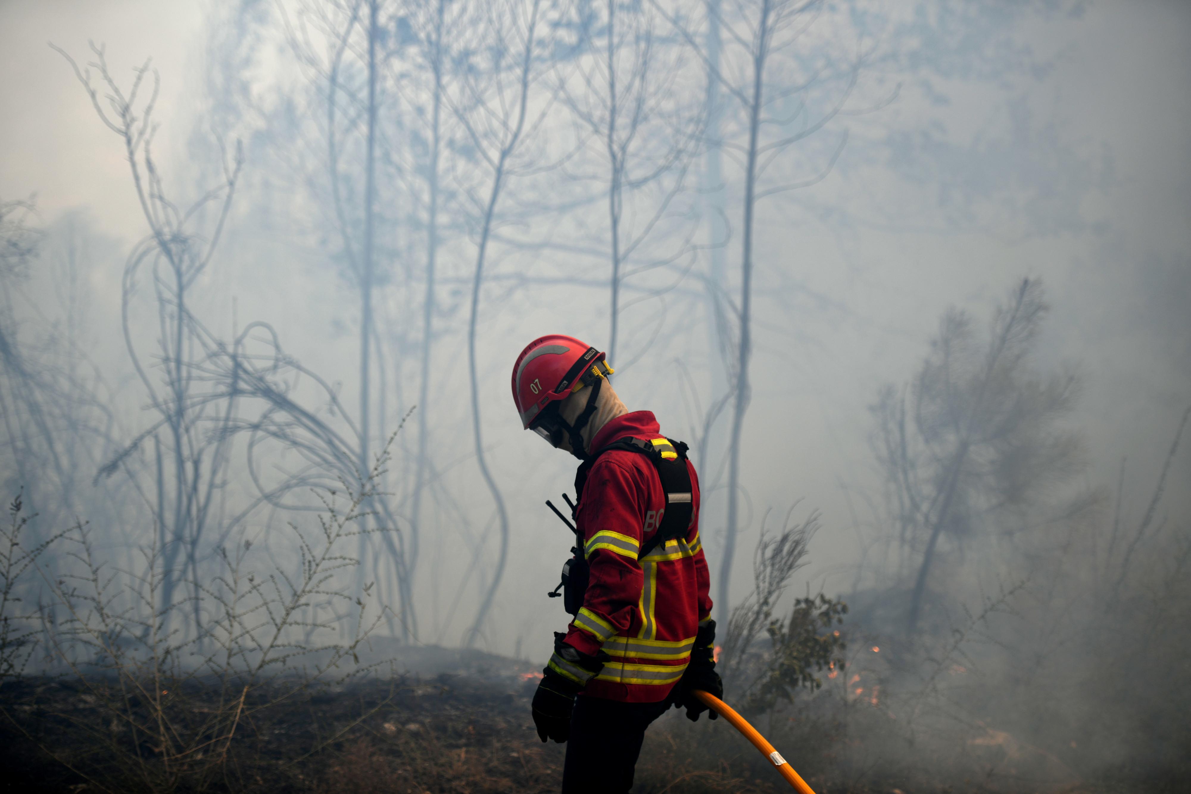 """Escola de bombeiros arranca em novembro para """"reforçar"""" corporações do Alto Minho"""