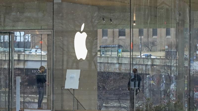 As primeiras viseiras Apple já estão nos hospitais e a empresa quer produzir um milhão por semana