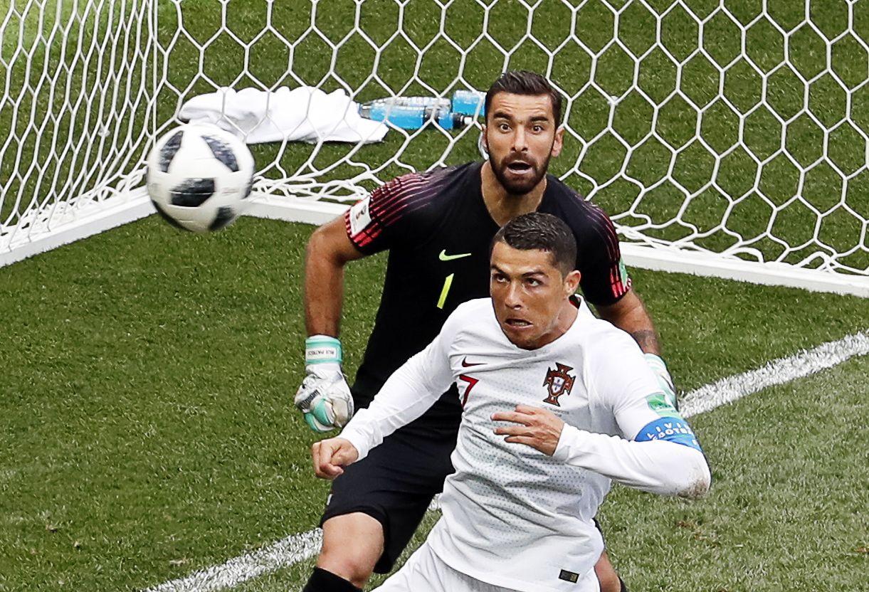 Dos golos de Cristiano Ronaldo na Rússia ao 'voo do falcão Oliveira', recorde as melhores fotografias da semana