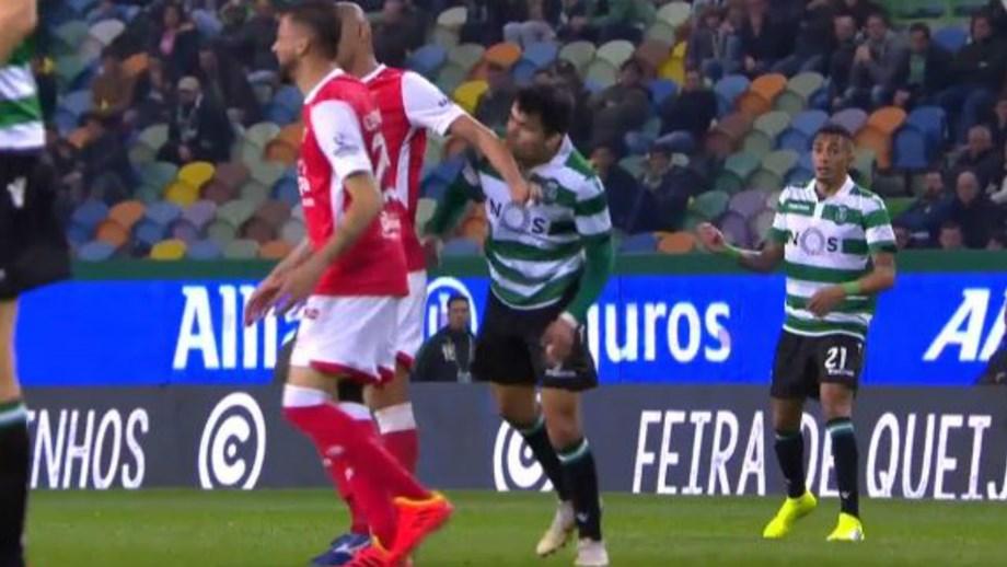 Sporting quer Raúl Silva castigado por agressão a Acuña
