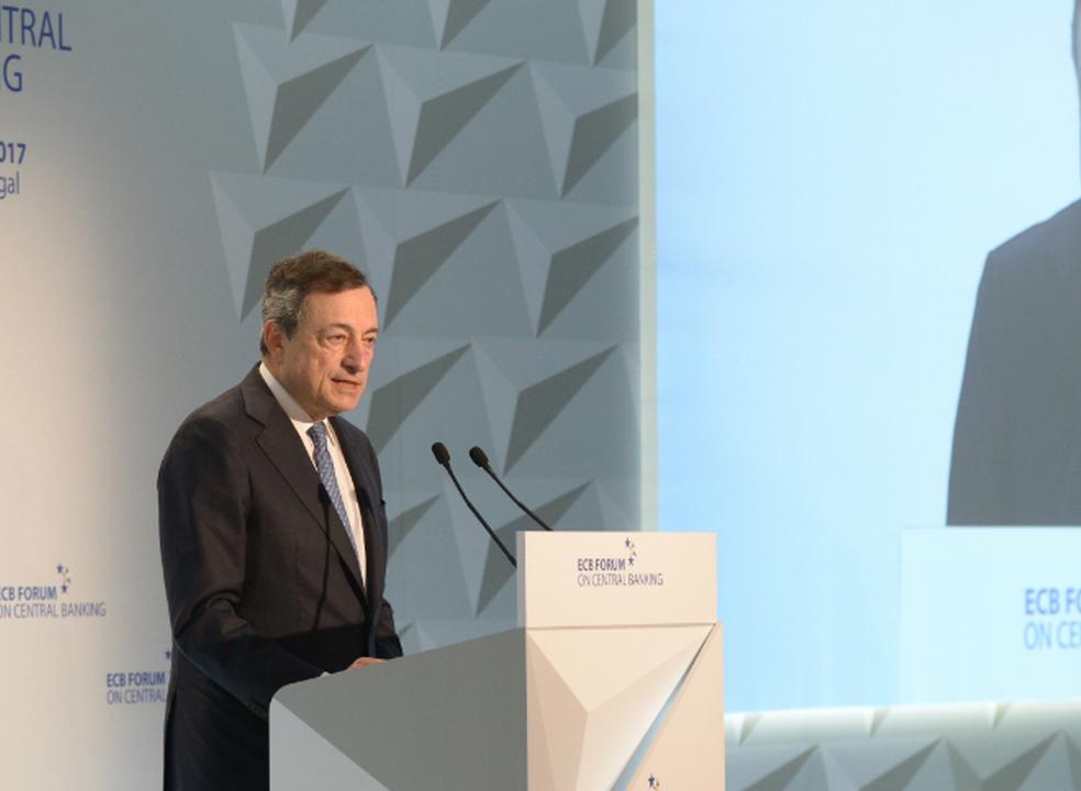 Draghi alerta para risco de digitalização fragmentar o mercado de trabalho