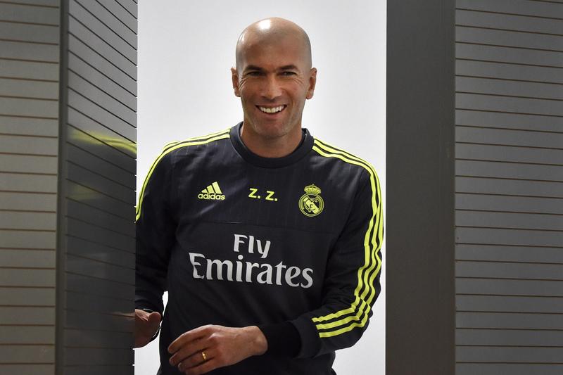 """Zidane: """"Agora é o momento dos futebolistas"""""""