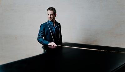 Prémio Gramophone Disco do Ano atribuído ao pianista Bertrand Chamayou