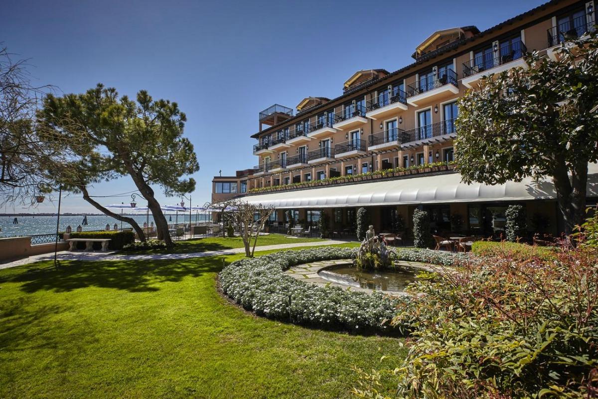 6 hotéis que povoam o imaginário de gerações