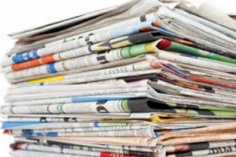 Entradas e saídas dos 'grandes' são o tema das manchetes