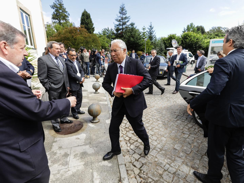 """""""Eu dou a cara"""". Costa reage a críticas sobre SIRESP no dia em que anuncia projeto piloto de reforma florestal"""