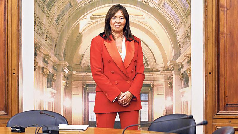 Parlamento envia ao MP nomes de bancários que aprovaram créditos ruinosos