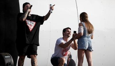 Agir no Rock in Rio Lisboa: fã pede namorada em casamento durante o concerto