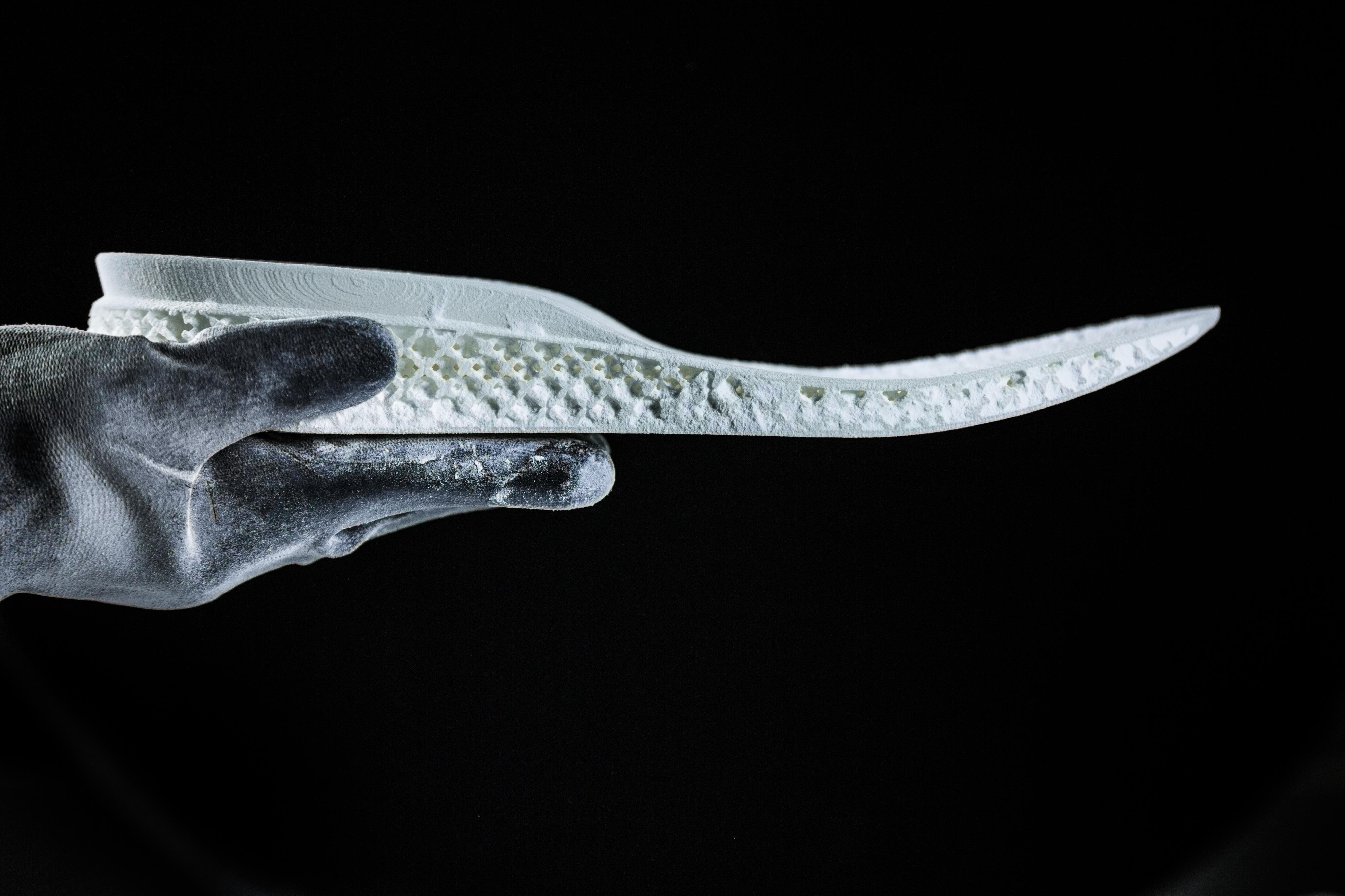"""Adidas quer """"mudar de ténis"""" com impressão em 3D"""