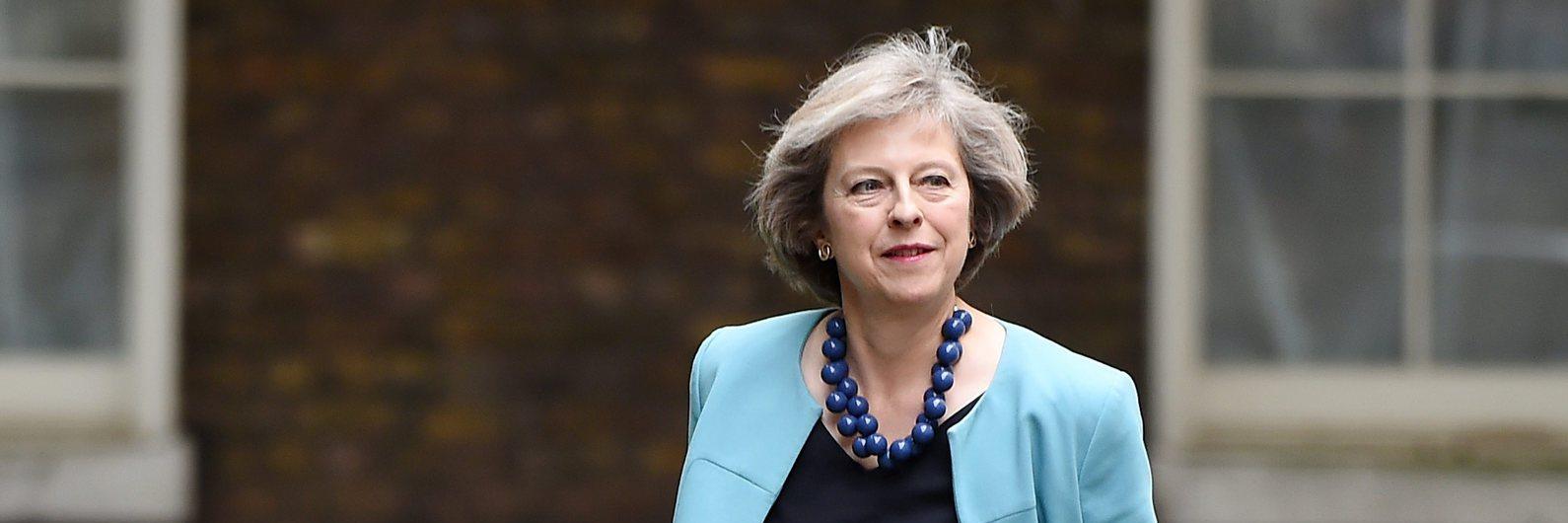 Theresa May quer aproximação comercial à China