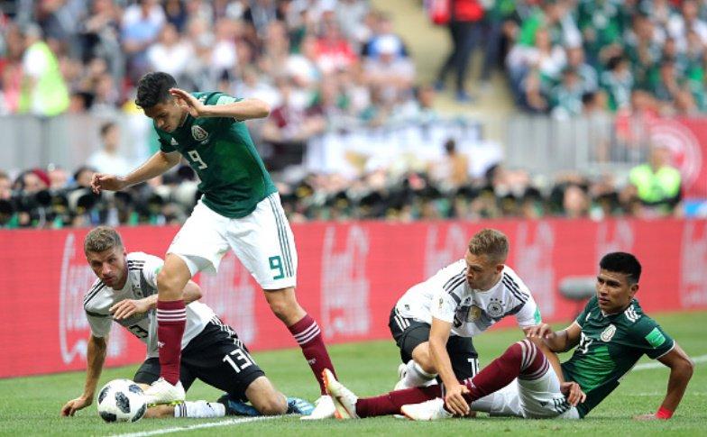 """Raúl Jiménez: Vitória sobre Alemanha é """"motivação extra"""" que pode ajudar a """"valorizar o jogador mexicano"""""""