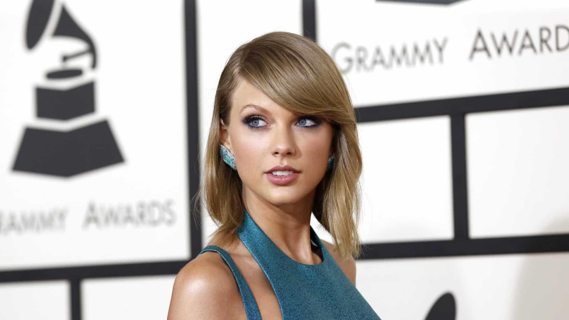 """Taylor Swift aceita desafio e é a """"mega mentora"""" do 'The Voice'"""