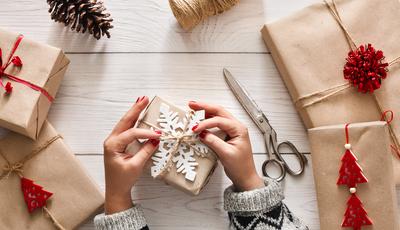A quem se deve dar (mesmo) presentes no Natal?