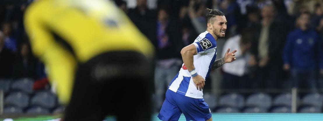 FC Porto 1-0 Portimonense: Uma noite de sono na liderança, cortesia de Alex Telles
