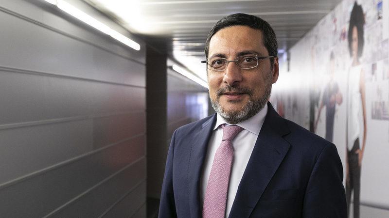 """Proposta do PSD para IVA da eletricidade """"é um logro"""", diz António Mendonça Mendes"""