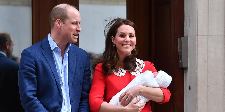 É oficial. Kate e William são pais de um menino