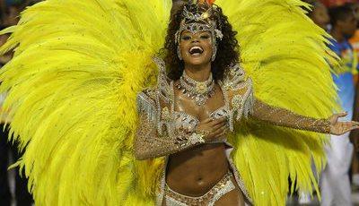 Paixão e samba no pé no carnaval carioca