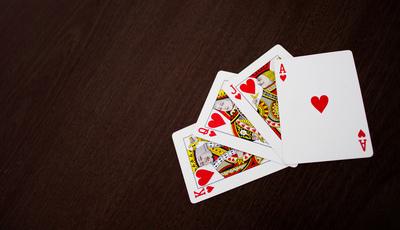 """Converse com as suas """"cartas de jogar"""""""