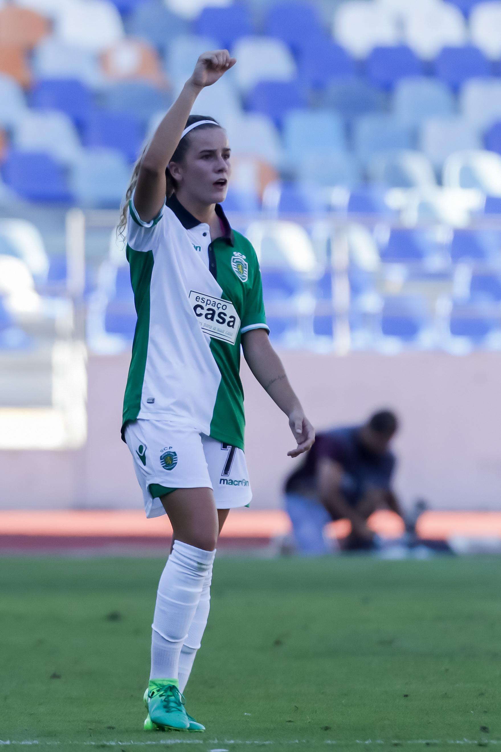 Ana Capeta renova com o Sporting até 2021