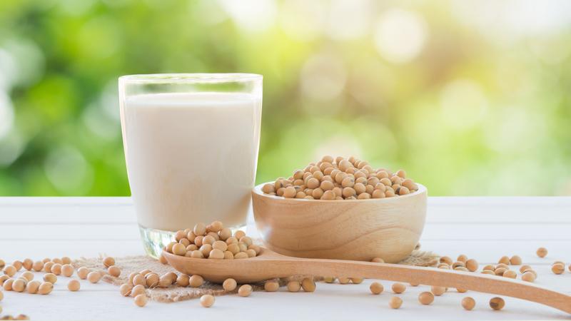 Cure-se com o poder da soja. 6 coisas a que este alimento faz bem