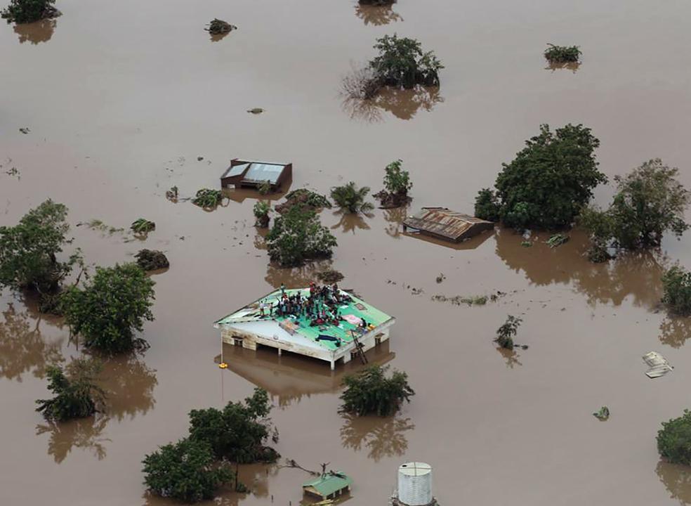 Idai: número de mortos em Moçambique sobe para 242 e no Zimbabué para 139