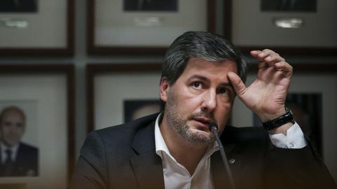 """Bruno de Carvalho sai de Alvalade a reclamar vitória: """"Desde 1 de agosto que sabem que o presidente se chama Bruno de Carvalho"""""""