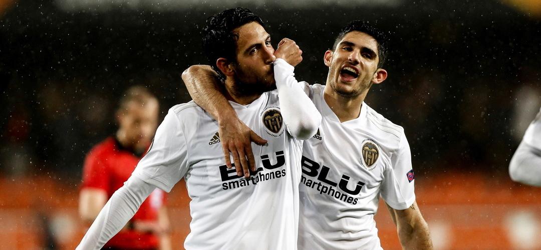 Valência bate Villarreal e vai medir forças com o Arsenal nas 'meias' da Liga Europa