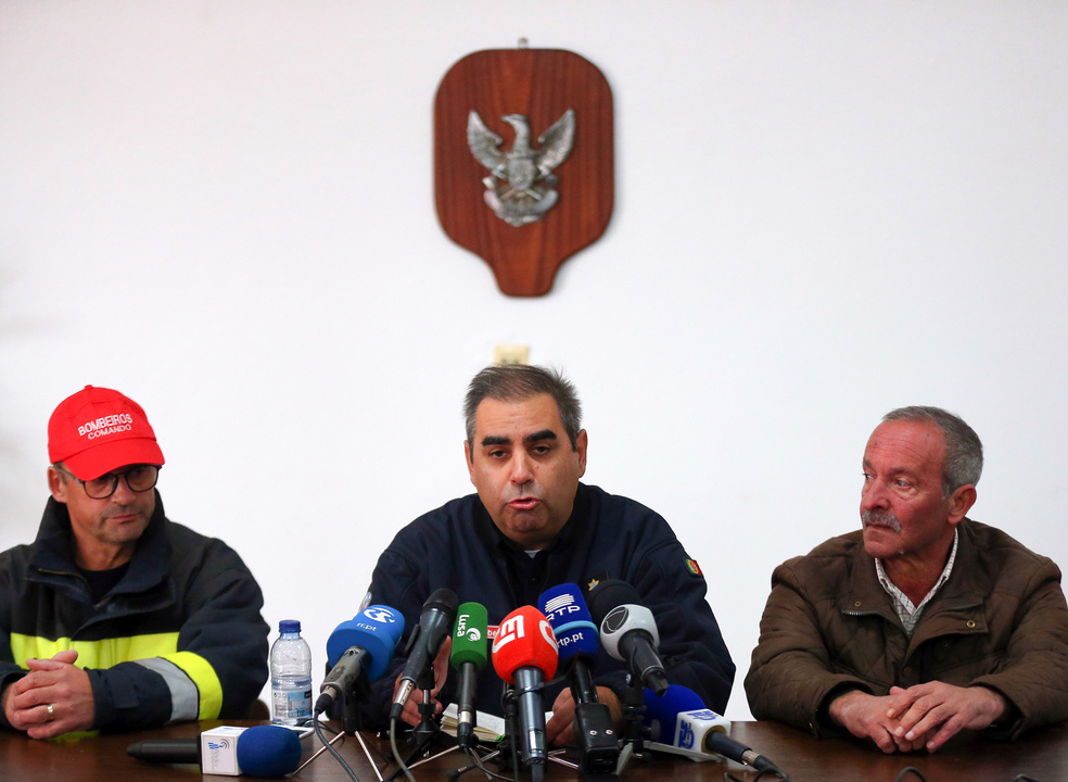 Borba: Operações de resgate vão passar hoje pela drenagem de água da pedreira e deteção de viaturas submersas