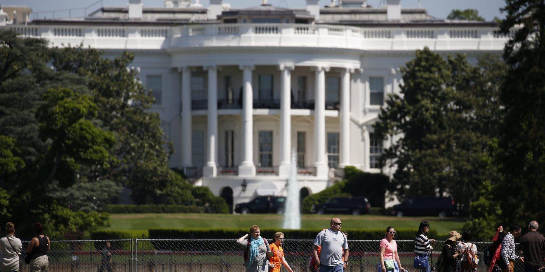 Casa Branca deixa de ter página da internet em espanhol e Madrid reage