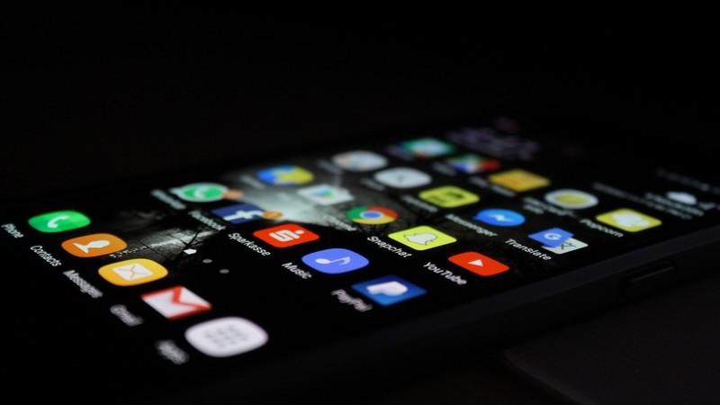 Venda de smartphones sobe graças às marcas chinesas. Samsung e Apple caem