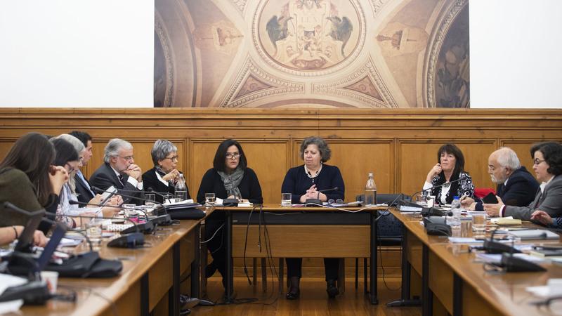"""RTP:  plenário de jornalistas debate hoje conflito entre equipa do """"Sexta às 9"""" e diretora de informação"""